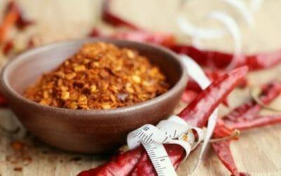 Scopriamo le proprietà e gli utilizzi del pepe di cayenna, una spezia dalle caratteristiche interessanti