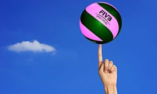 Photo of Mantenersi in forma con la pallavolo: quello che c'è da sapere su questo sport