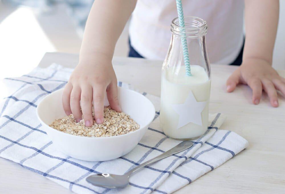 Photo of Latte d'avena: bevanda vegetale ricca di fibre e povera di grassi