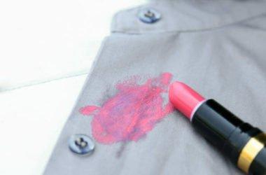 I trucchi e le cose da sapere per togliere le macchie di rossetto con soluzioni naturali