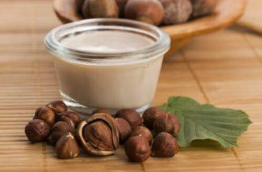 Come fare il latte di nocciole e noci in casa: la guida pratica