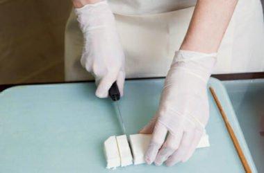 La guida completa per fare il sapone in casa con il metodo a freddo: ingredienti, procedimento, accorgimenti