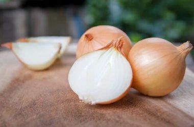 Utilizzi e proprietà della cipolla, un ortaggio che non si può non avere in casa