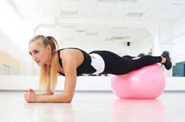 Come usare la fitball per essere sempre in forma: tutti gli esercizi!