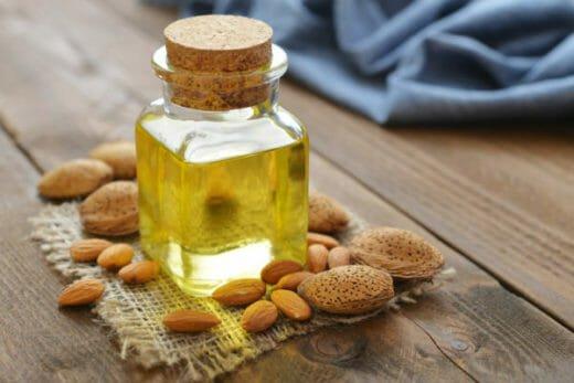 Photo of Olio di mandorle dolci, un prodotto naturale davvero ottimo per il viso e i capelli