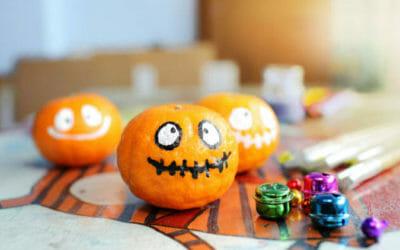 Ecco come fare delle decorazioni fai da te per Halloween più originali e  sostenibili f9e606aab999
