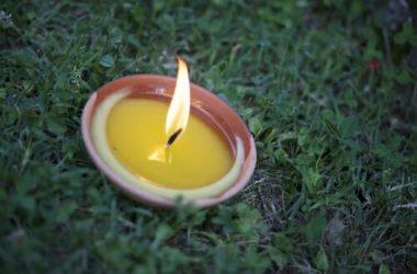 Candele alla citronella: ottime contro le zanzare, impariamo a farle in casa col vero olio essenziale