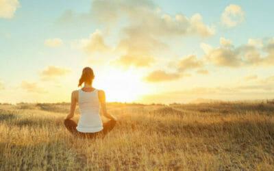 I benefici della mindfulness, la consapevolezza del momento contro l'ansia e lo stress