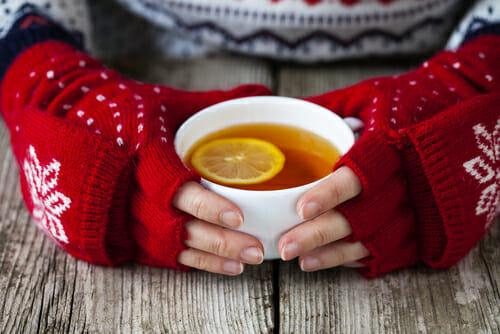Come prevenire e curare i geloni alle mani e ai piedi in modo naturale