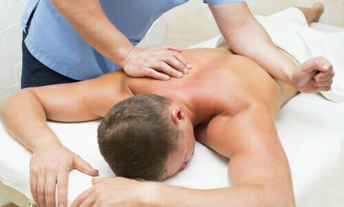 Photo of Massaggio decontratturante: cosa è, quando farlo e come averne dei benefici
