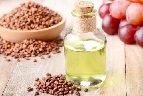 Photo of Caratteristiche antiage dell'olio di vinaccioli in cosmesi e utilizzi in cucina