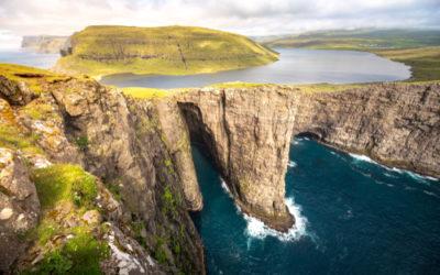 "Un ""infinity lake"": il lago Sørvágsvatn nelle Isole Fær Øer"
