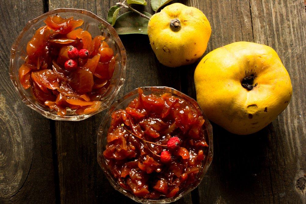 Photo of Ecco come preparare la marmellata di mele cotogne e come impiegarla in altre ricette dolci e salate