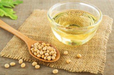 Quello che c'è da sapere sull'olio di soia: usi, benefici e avvertenze relative a questo olio vegetale