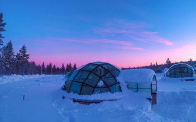 Hotel Kakslauttanen in Finlandia: igloo di ghiaccio per vedere l'aurora boreale al meglio