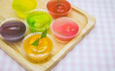 Cosa bisogna sapere sulla carragenina, un addensante usato soprattutto nelle preparazioni dolciarie