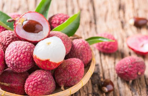 Alla scoperta del litchi, uno dei frutti più buoni e salutari che si possano trovare