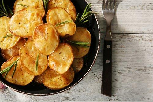 Photo of Scopriamo come cucinare le patate al meglio: al forno, fritte, lesse o facendo il purè