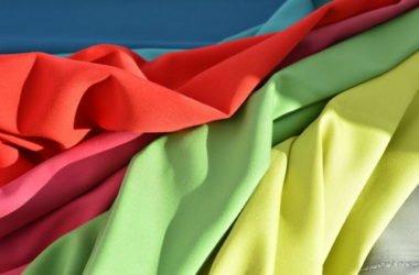 Quali sono le fibre sintetiche e che caratteristiche hanno? La guida pratica