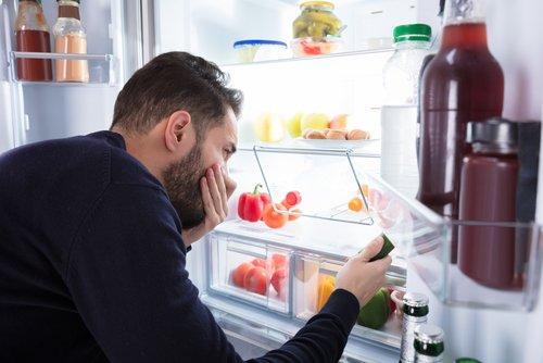 Photo of Come prevenire ed eliminare il cattivo odore nel frigorifero: i migliori consigli.. al naturale!