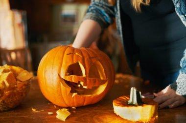 Della zucca di Halloween non si butta via niente! Ecco come usarla senza sprecare