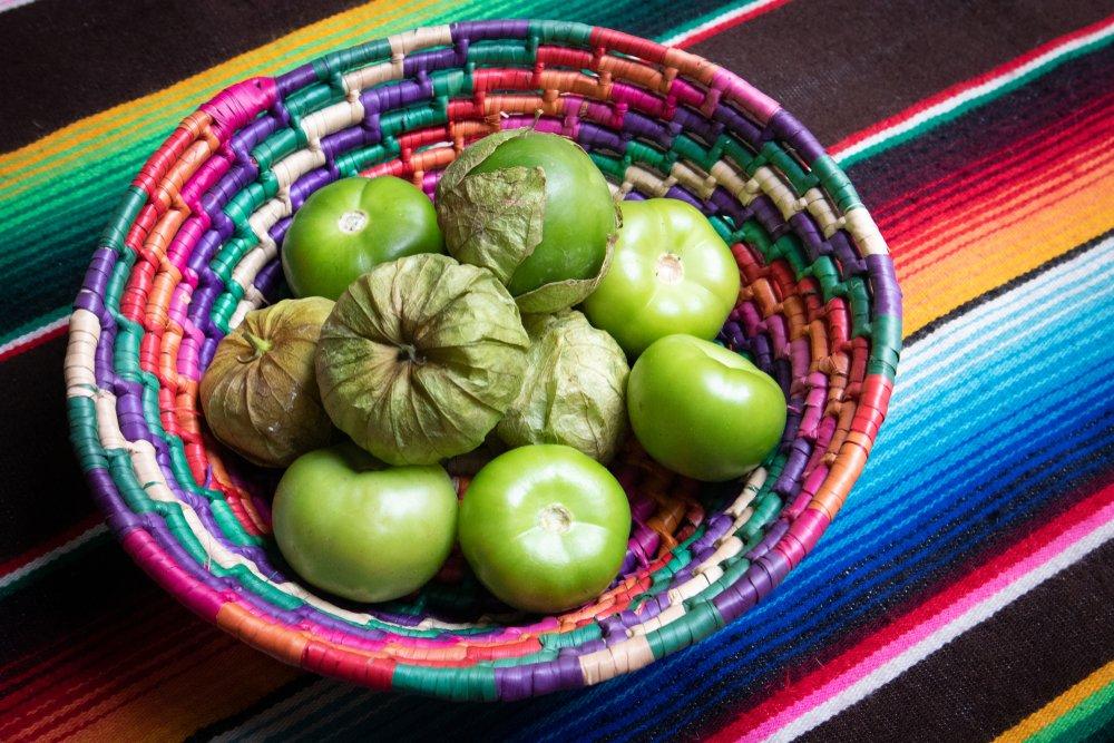 Photo of Cos'è il tomatillo (o pomodoro messicano) e come si usa in cucina