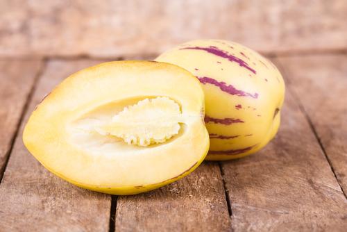 Pepino: alla scoperta di questa solanacea che produce frutti dalle notevoli proprietà nutrizionali