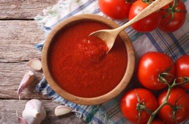 Il sugo di pomodoro: come farlo in casa e come usarlo per i diversi piatti