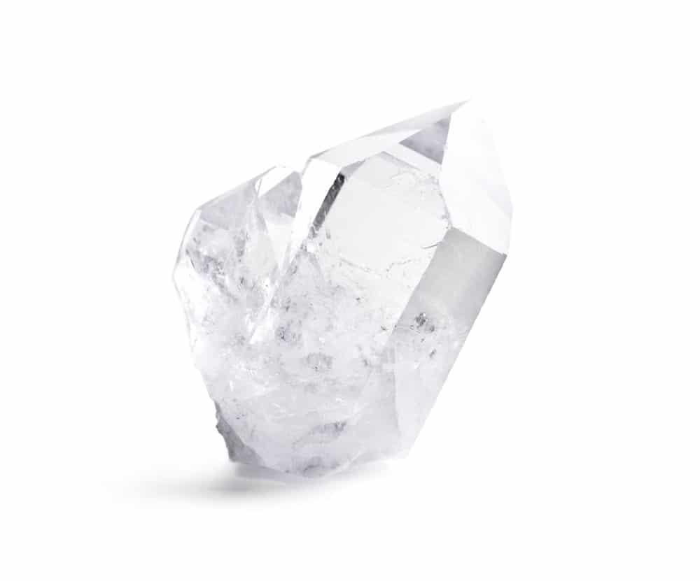 Photo of Tutto sul cristallo di rocca, la pietra dell'armonia e della positività