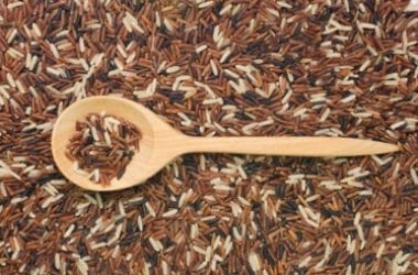 Guida alle proprietà e agli utilizzi del riso integrale in cucina