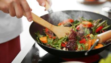 Photo of Cucinare senza olio: tante idee per portare in tavola piatti leggeri, ma saporiti