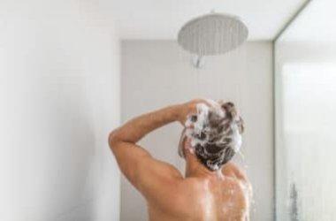 Guida Al Bagnodoccia Per Detergere La Pelle Nella Vasca Da Bagno Che Nella Doccia