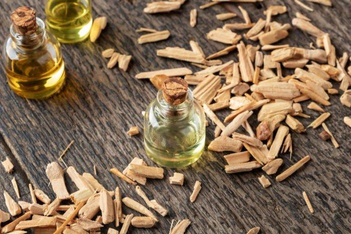 olio essenziale di legno di cedro